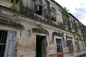 altes Gästehaus am Fluss